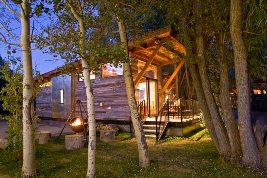 Fireside Resort: Your perfect summer base camp!