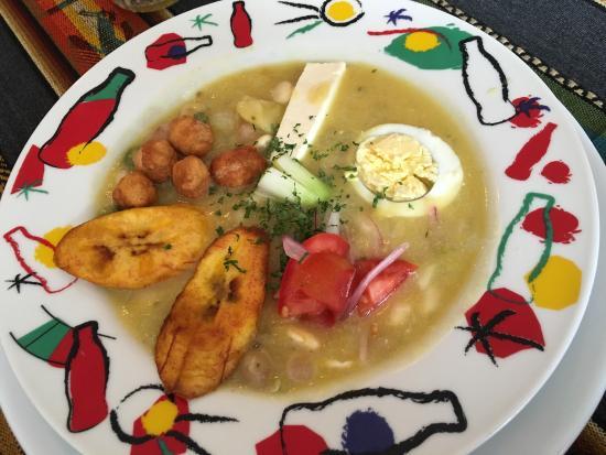 Baño Discapacitados Traduccion:My favorite steak in Baños: fotografía de Cafe Good Books & Food
