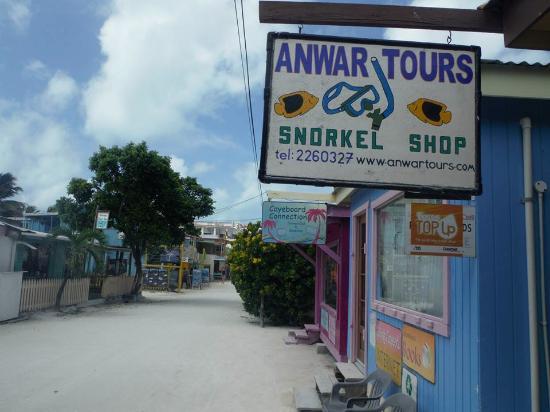 Anwar Tours: the shop