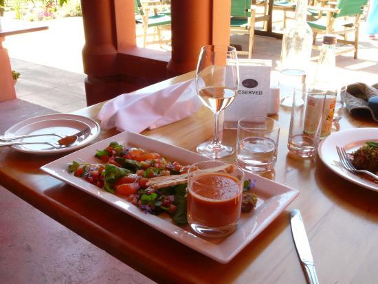 Highfield TerraVin Cellar door and Vineyard Restaurant : beautifully presented gazpacho