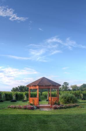 Wapello, Iowa: Gazebo located in front of the vineyard.
