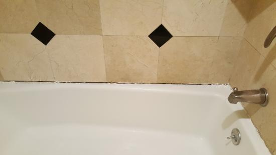 Gap In Caulking Bathroom Had Mildew Smell Picture Of Quality Inn - Mildew smell in bathroom