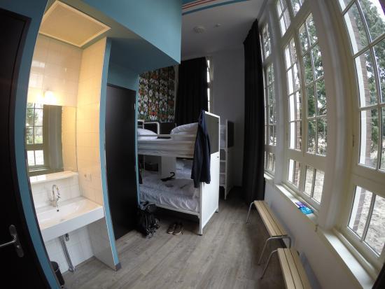 20160326_175531_large.jpg - Picture of Generator Hostel Amsterdam, Amsterdam - TripAdvisor