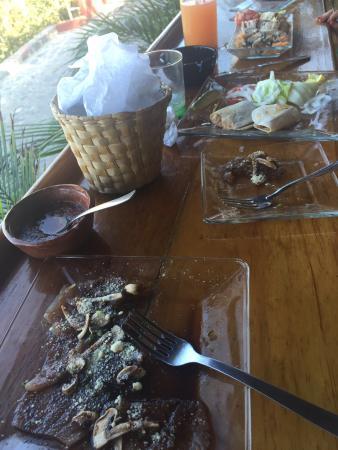 Coco Bahia Botanas & Tapas: Excelente comida! , el servicio de Daniel de primera