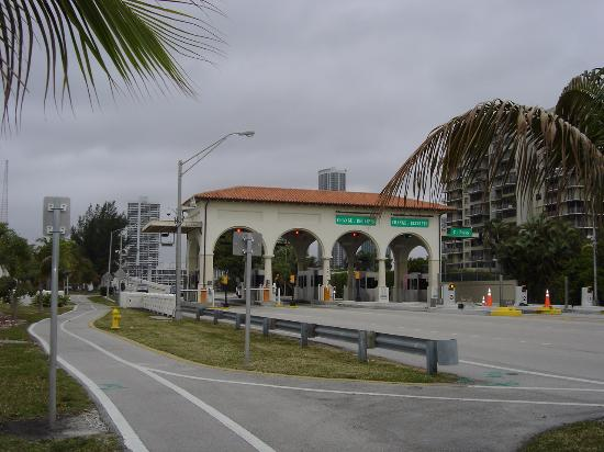 South Miami, FL: Venetian Causeway Bridge