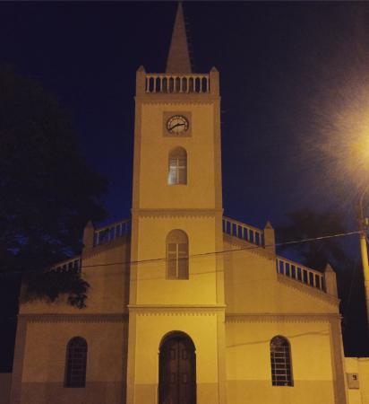 Quirinopolis, GO: Igreja Mãe