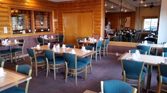 Mauston Park Oasis Restaurant: Dining Room