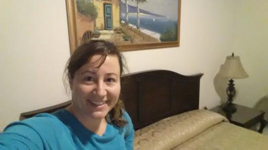 Hotel Palacio Real : Selfie in my room. King size bed, it was so nice!