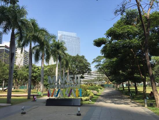 Ayala Triangle Gardens: photo1.jpg