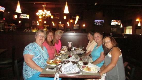 Flushing, MI: Lunch with friends. This is one of our favorite places to meet for lunch.