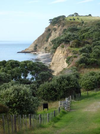Whangaparaoa, Nueva Zelanda: Cliff views on the walk