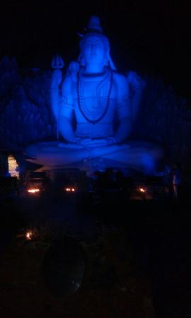Visit To Kemp Fort LORD SHIVA TEMPLE ~ - Picture of Shivoham