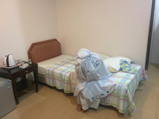 Vikri Beach Resort Pangkor: intérieur de la chambre
