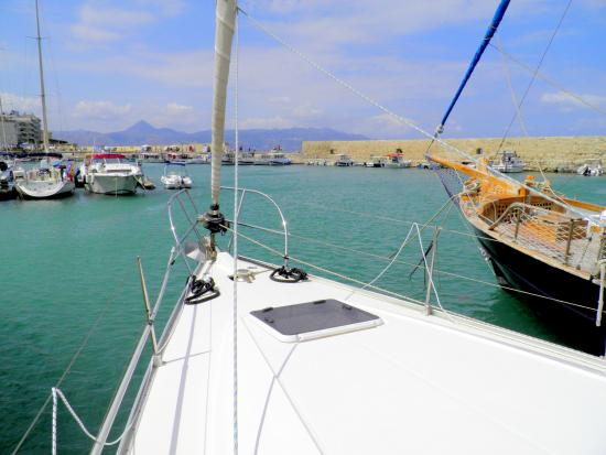 Blu Sailing