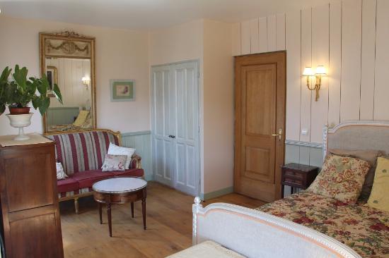 la chambre baronne grenadine avec salle d\'eau, wc et douche à l ...