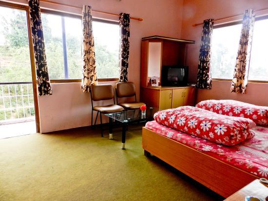 Hotel Burans Breeze : Room