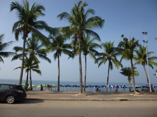 Dragon Beach Resort Photo