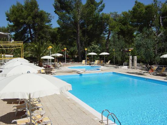 Residence delfino hotel vieste provincia di foggia prezzi 2018 e recensioni - Piscina assori foggia prezzi ...