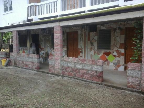 Brisas De La Guayra: Dentro de las instalaciones
