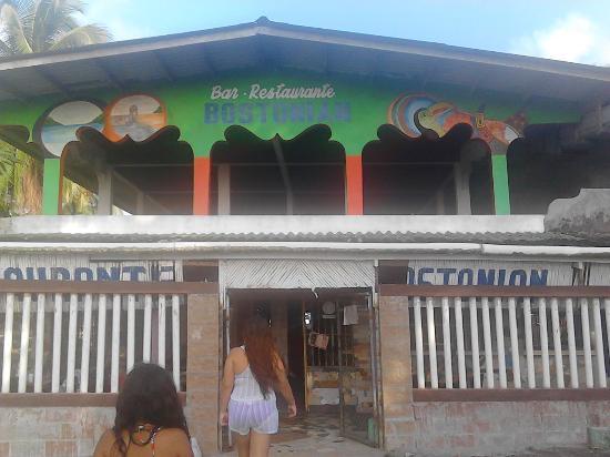 La Guayra, Panama/Panamá: Entrada al Restaurante