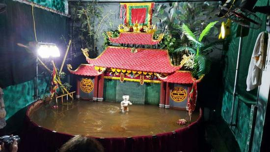 Phan Thanh Liem Mini Water Puppetry