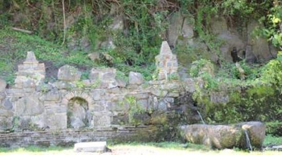 Monterosi, Italia: fontanaaaaaaaaaaaaaaaaaaaaaaaaa