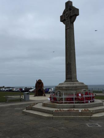 War Memorial Cross