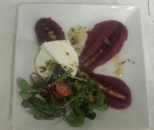 Tullycross, Irlanda: Beetroot & Goats Cheese Salad