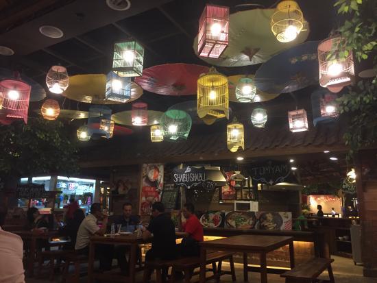 Dapur Raya Interior Dan Dekorasinya Nyaman Elegant Lorong Masuk Ke Dapuraya2