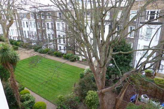 The Kensington Studios: Look left from the rear of the property