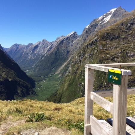 ควีนส์ทาวน์, นิวซีแลนด์: A loo with a view