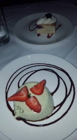Red, The Steakhouse: dessert