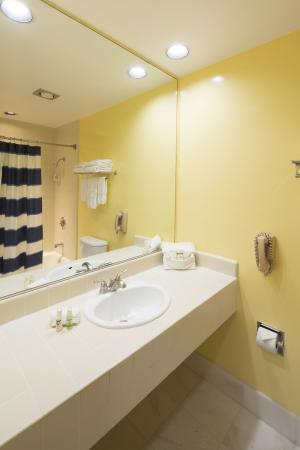 Campbell Inn: Bathroom