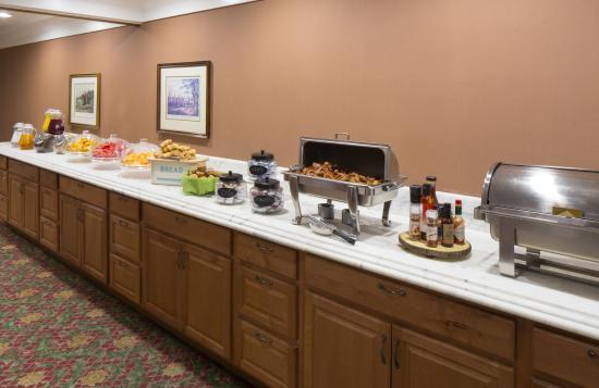 Campbell Inn: Breakfast Buffet