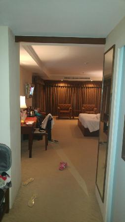 Suriwongse Hotel : TA_IMG_20160326_225048_large.jpg