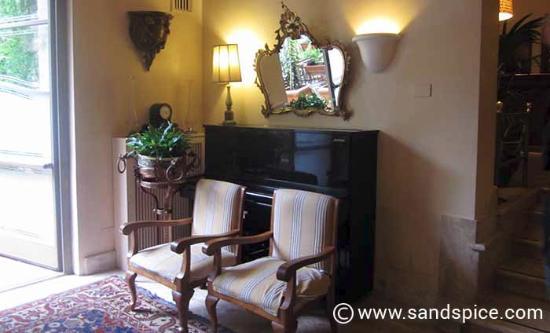 Hotel Lancelot Photo