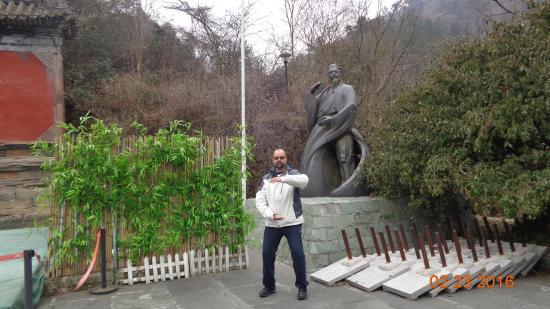 Danjiangkou, Κίνα: Zhang Sanding the so-called founder of Taichichuan