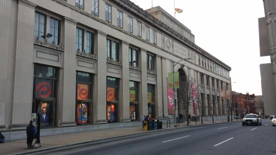 Enoch Pratt Free Library: Corner of Cathedral and Mulberry