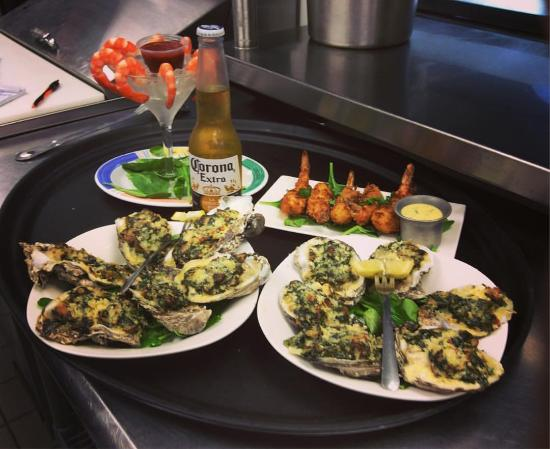 Inlet View Bar and Grill: Oyster Rockefeller