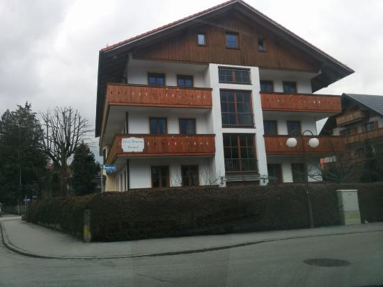 Hotel Pension Geiger: From the outside