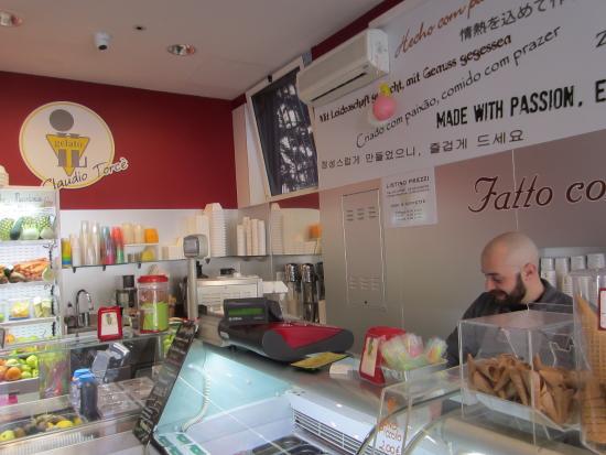 Photo of Restaurant Il Gelato Di Claudio Torce at Viale Aventino, 59, Rome, Italy