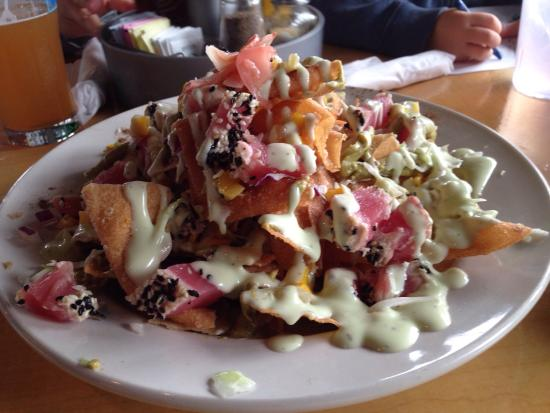 Sea Witch Cafe: The Ahi Tuna Nachos appetizer is absolutely amazing!  Make sure that you order it. Food and serv