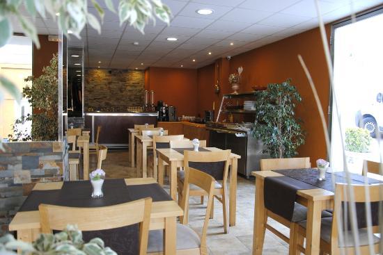 Hotel La Muntanya: Boufet