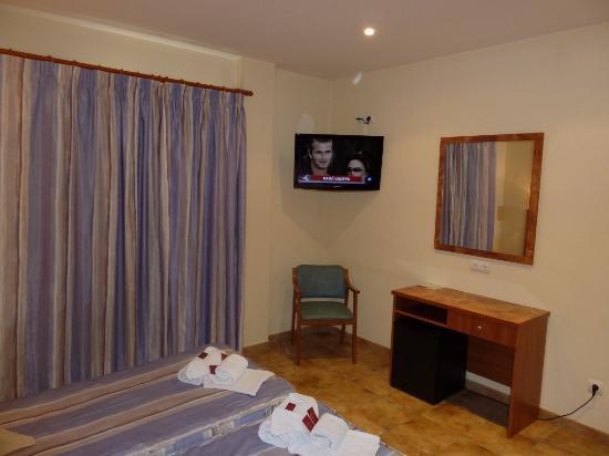 Hotel La Muntanya: Habitacion