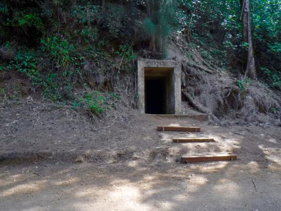 Kalaheo, Hawái: The abandoned military bunker