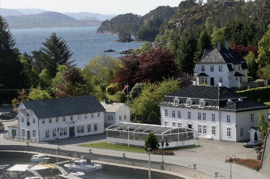Bekkjarvik Gjestgiveri Hotel and Suites
