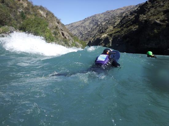 ควีนส์ทาวน์, นิวซีแลนด์: Fun waves