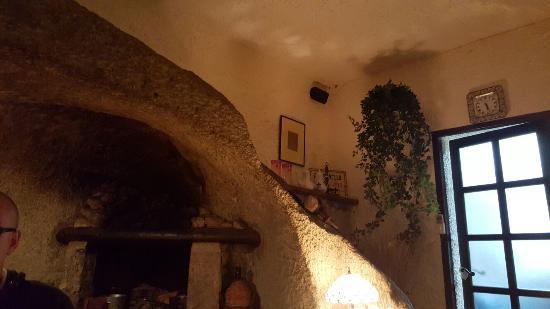 Montecorvo: 20160326_202753_large.jpg