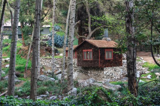 Arcadia, CA: Cabins inside the forest
