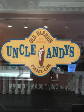 Uncle Andy's Old Fashioned Ice Cream Parlor: Great treats  at The Don Cesar hotel